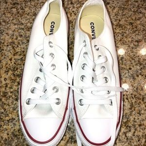 White canvas converse sneakers